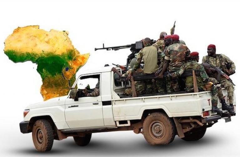 Quand l'armée flirte avec le pouvoir en Afrique...