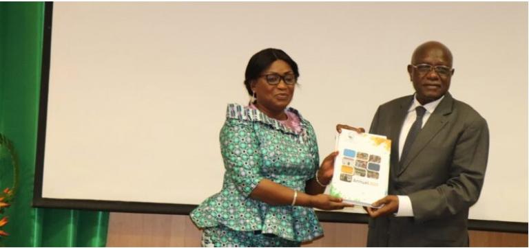 Le CNDH remet son rapport sur la situation des droits de l'homme au Ouattara