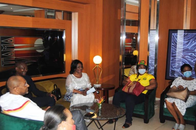 Les Lions indomptables reçoivent le soutien de SEM Marie Yvette Koloko