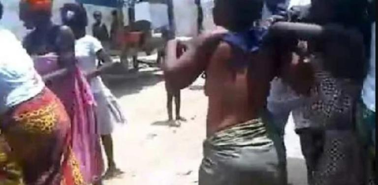 Cameroun : Les 9 copines d'un homme se bagarrent à son domicile
