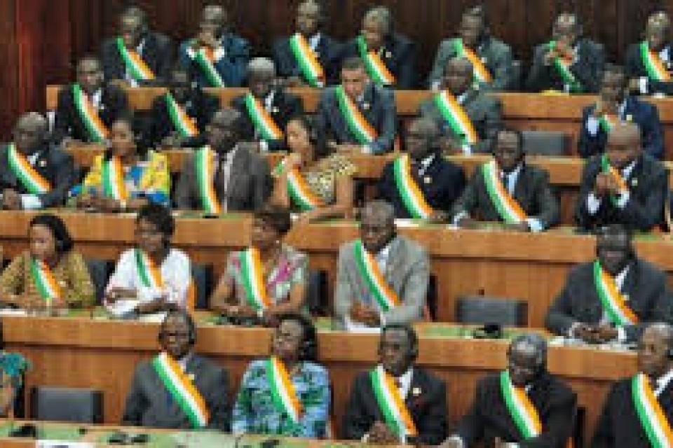 Des querelles entre opposition et pouvoir empêche Le parlement ivoirien de fonctionner normalement