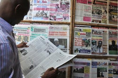 Titrologie du 21 avril 2021: «Deby mort pour un mandat de trop»